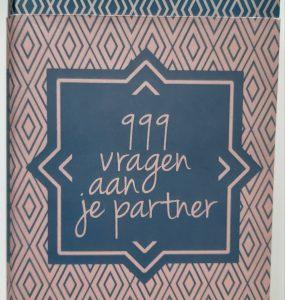 999 vragen aan je partner kopen voor je Valentijn