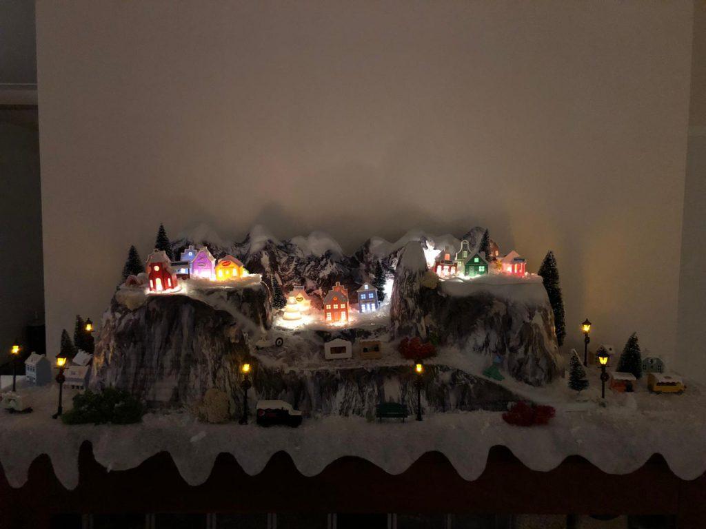 Albert Heijn verlicht Winterdorp in de bergen inspiratie