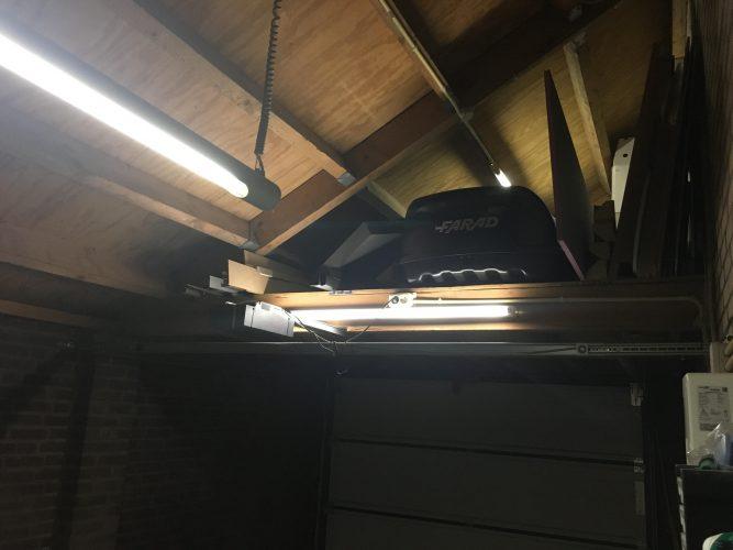 TL buizen in de garage