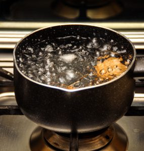 waterkoker kokend water