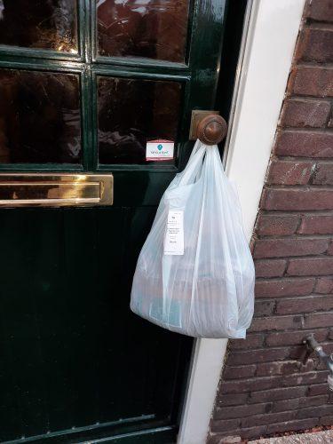 Doorb gratis brood aan de deur